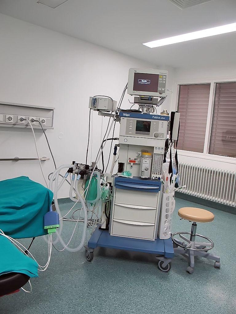 Sprzęt na sali operacyjnej