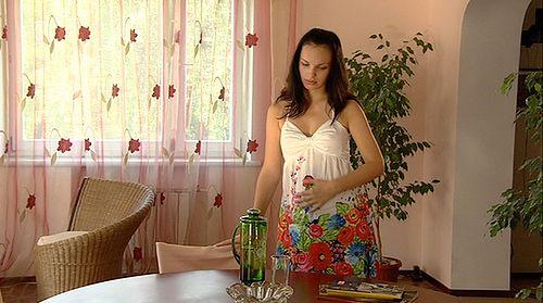 Kobieta w ciąży z nudnościami