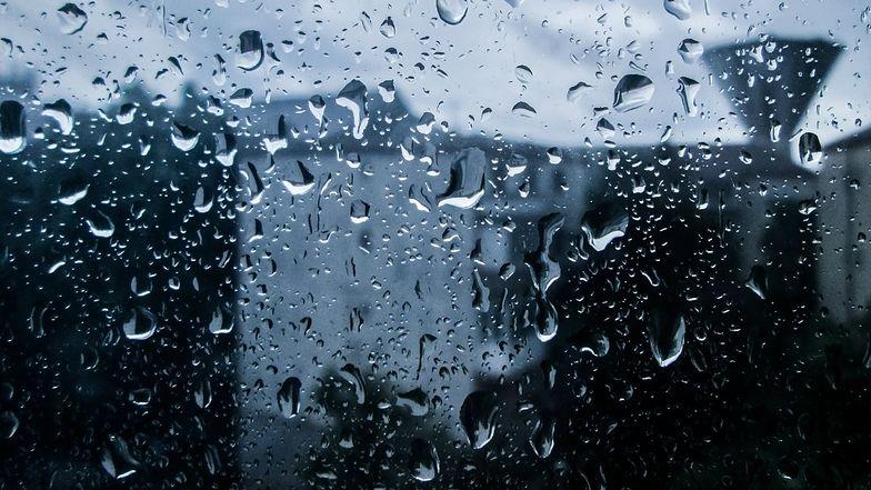 Pogoda będzie jeszcze gorsza, niż zakładano. Kolejne ostrzeżenia burzowe