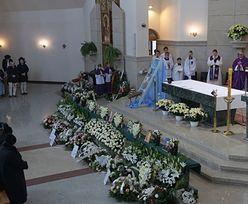 Szczyrk. Trwa pogrzeb ofiar tragicznego wybuchu. 8 urn przy ołtarzu