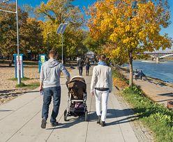 500+ daje efekt w miastach? Dzieci rodzi się już więcej niż na wsi