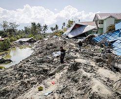 Przerażające nagranie z Indonezji. Budynek płynie w rzece błota
