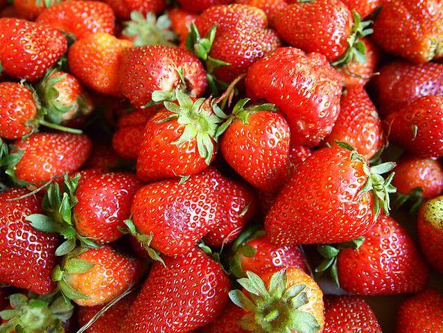 Korzyści z jedzenia owoców z grupy jagodowych